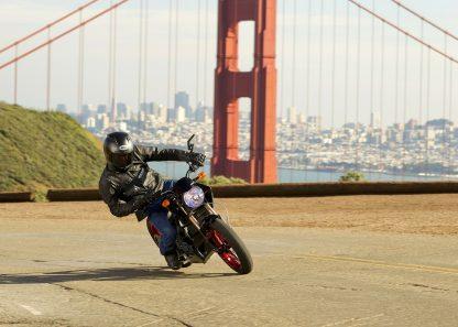 Moto électrique en Californie